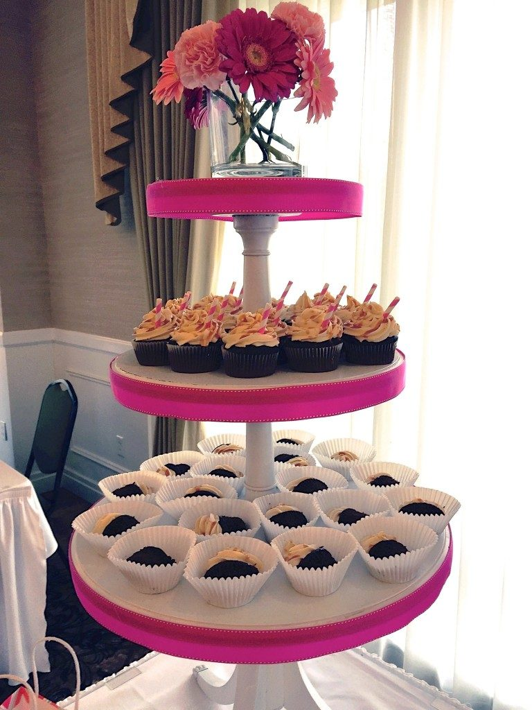 ocreations-Abibakes-SweetLife-cupcakes-stand